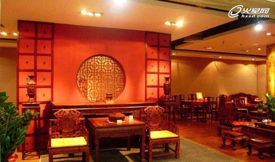 古香古色中式设计!红木家具专卖店展示